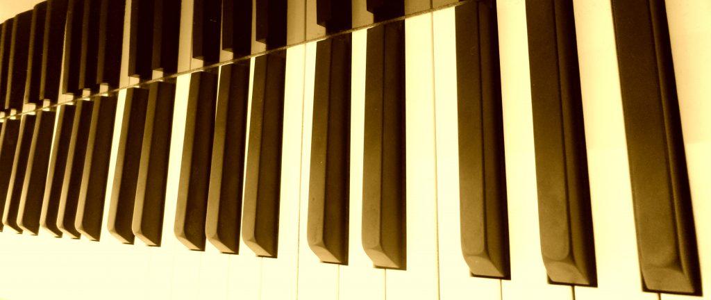 Piano Keyboard 2