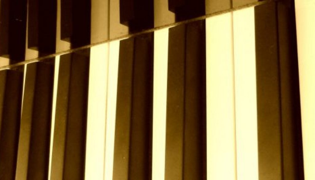 cropped-Piano-Keyboard-ConvertImage-1.jpg